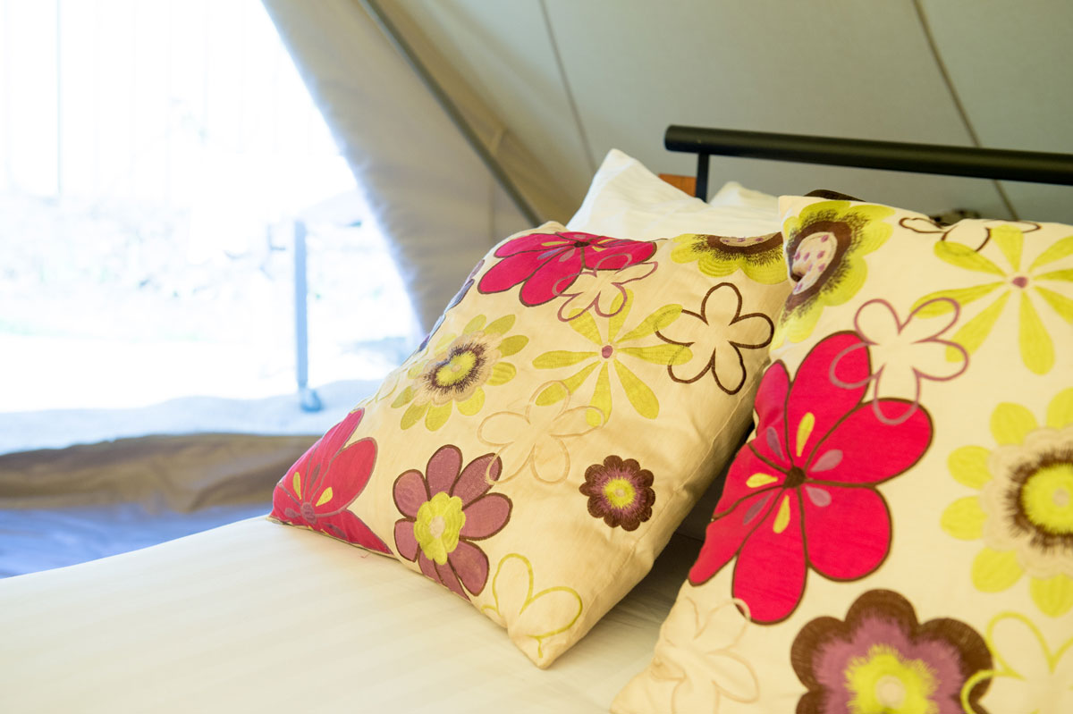 Club boutique hotel cunnamulla safari glamping accommodation
