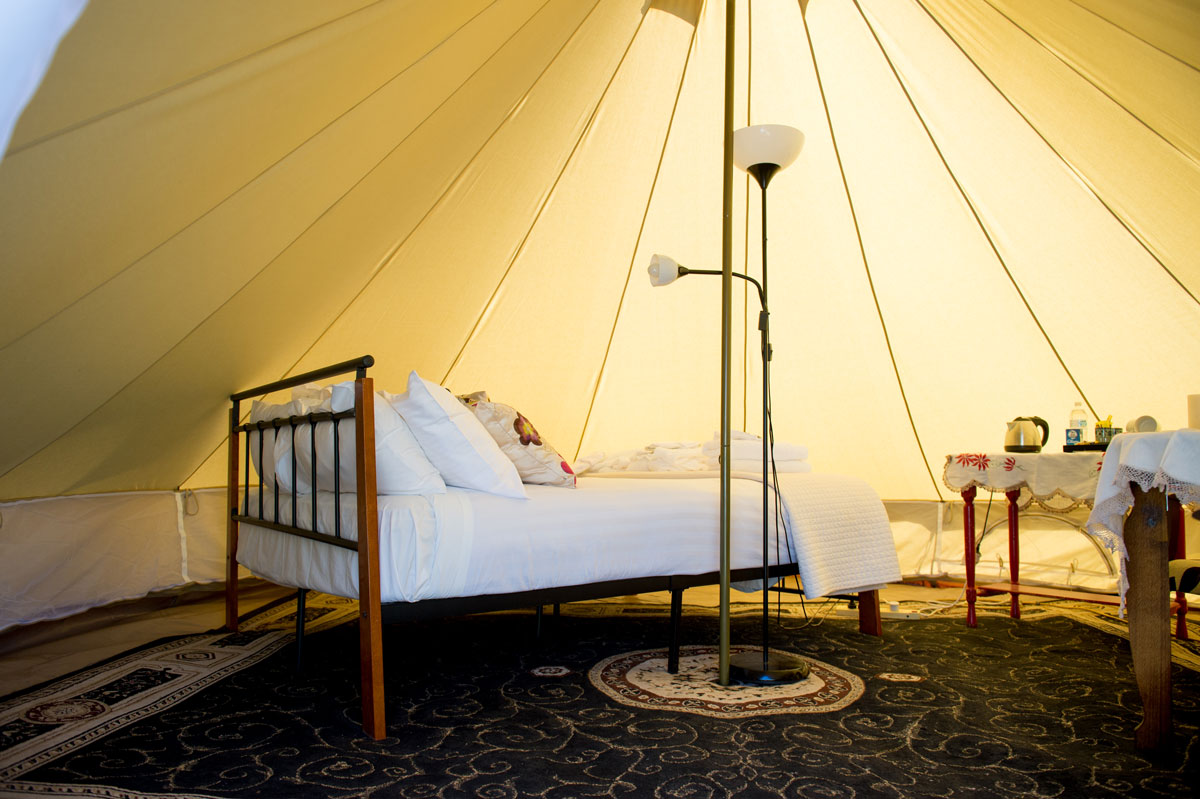Safari Glamping yert Club Boutique Hotel Cunnamulla